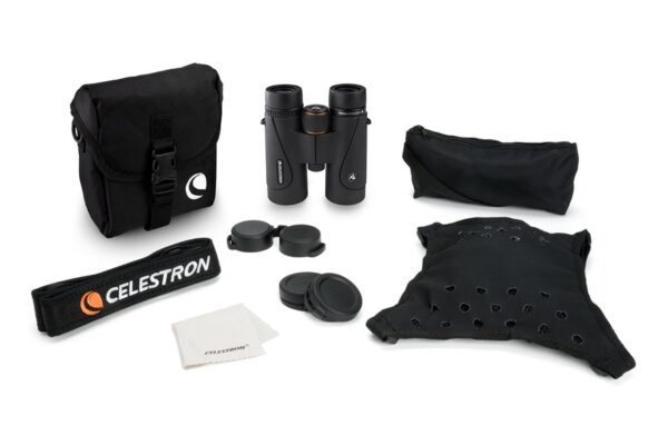 Celestron TrailSeeker 10x42 бинокль